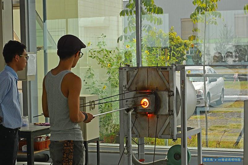 台灣玻璃館口吹玻璃教室