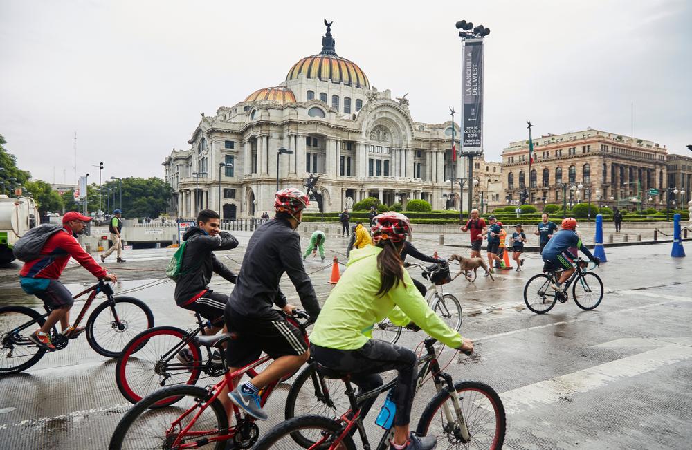 México é o primeiro país a declarar a mobilidade como um direito humano. (Fonte: Shutterstock)