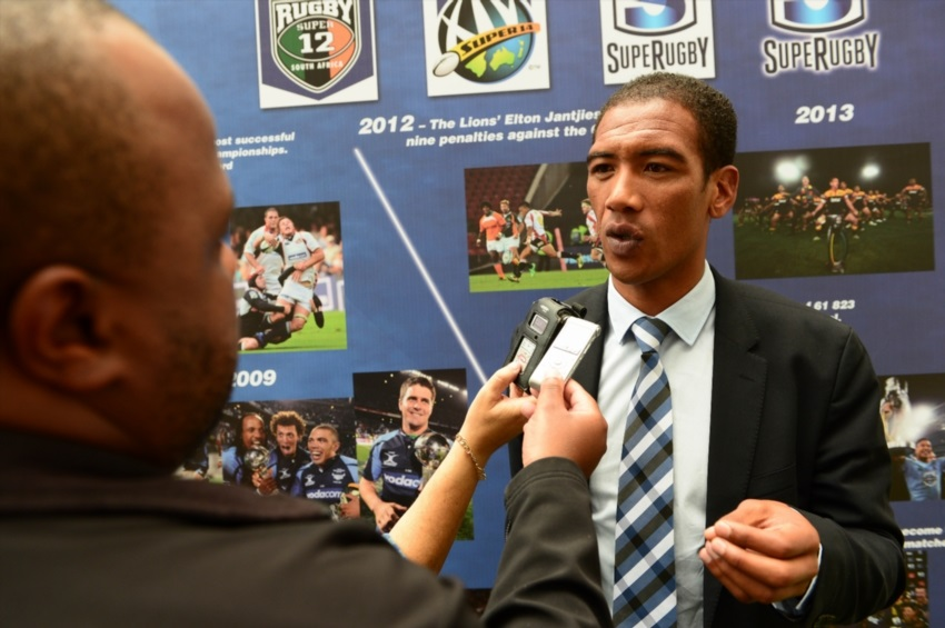 Twitter reacts to Willemse storming off SuperSport set