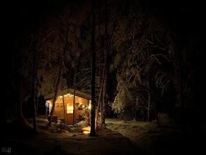 Photo: Cabin in the Snowy Woods Nikon D200 - Nikkor 18-55mm f/3.5-5.6G ED II - RawTherapee - GIMP f/3.5 - 4s - ISO 1000 - 18mm - +0.7 EV