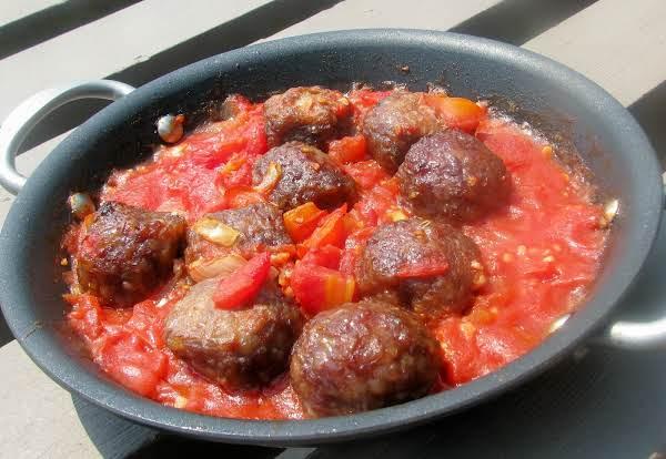Mini Meatballs In Tomato Sauce