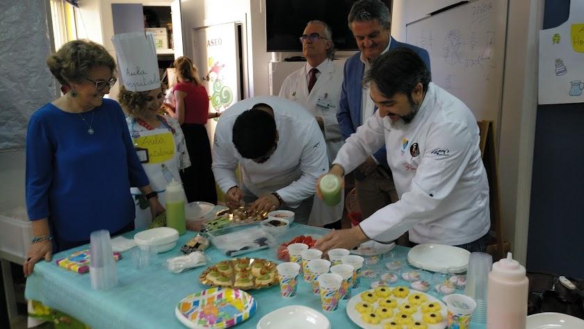El Chef Toni García preparando un desayuno saludable.