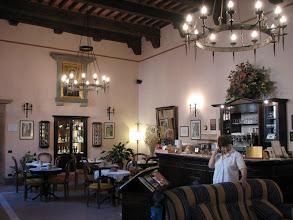 Photo: The reception room of Il Riccio