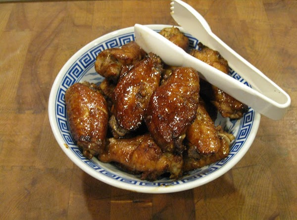 Sriracha-glazed Chicken Wings Recipe