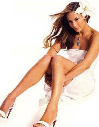 Yabancı Ünlü Kadınların Boyları - Jennifer Lopez