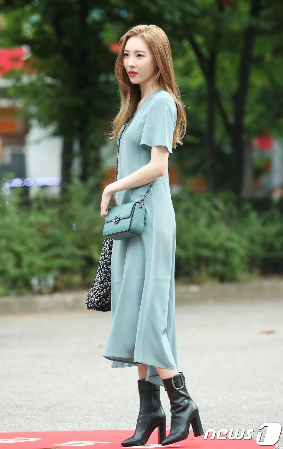 선미, 출근길 패션퀸