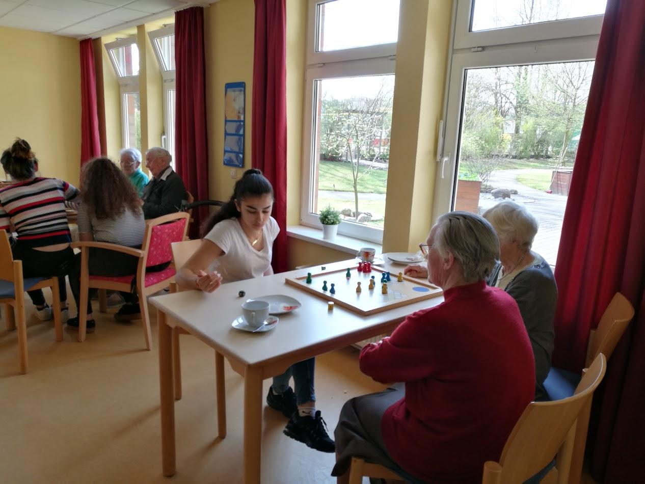 Spielenachmittag im Fritz-Höckner-Haus