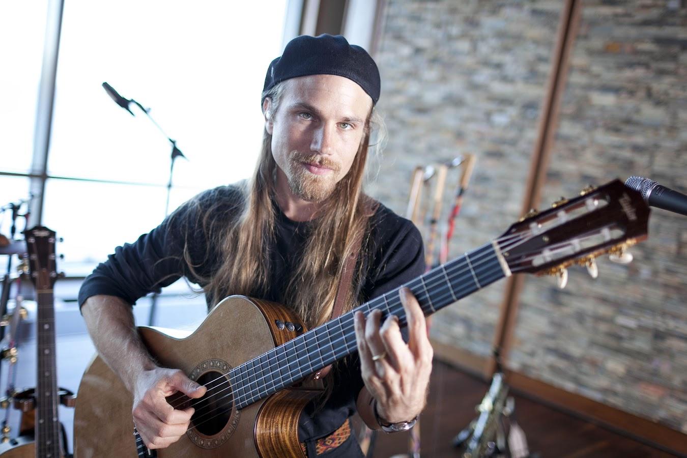 World Musician Guy Mendilow