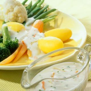 Kräftige Béchamelsoße zu Gemüse