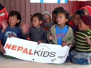 Photo: Die Kids Nepals bedanken sich bei den Nepalkids.