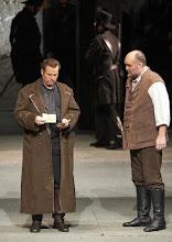 Photo: FIDELIO / Wiener Staatsoper am 7.1.2016. Albert Dohmen, Stephen Milling. Foto: Wiener Staatsoper/ Michael Pöhn