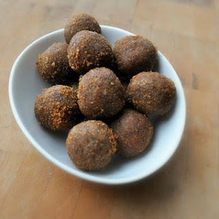 Raw Doughnut Holes