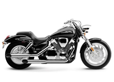 primeiro exemplo de moto estradeira roadster