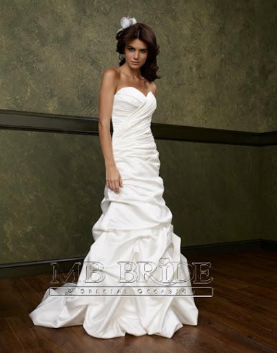 10321 ; White Wedding Gown Bridal Dress