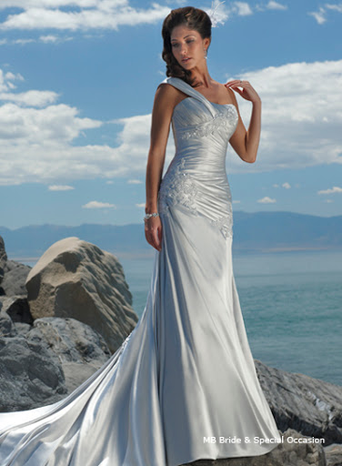08293 ; Beach Bridal Gown Wonderful Dress