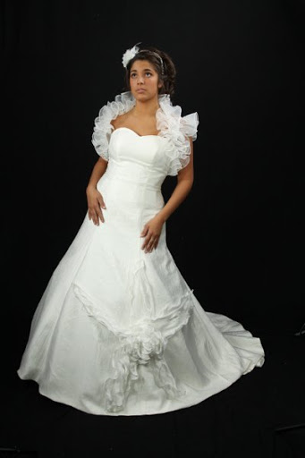 attractive-white-bridal-gown-nice-bolero