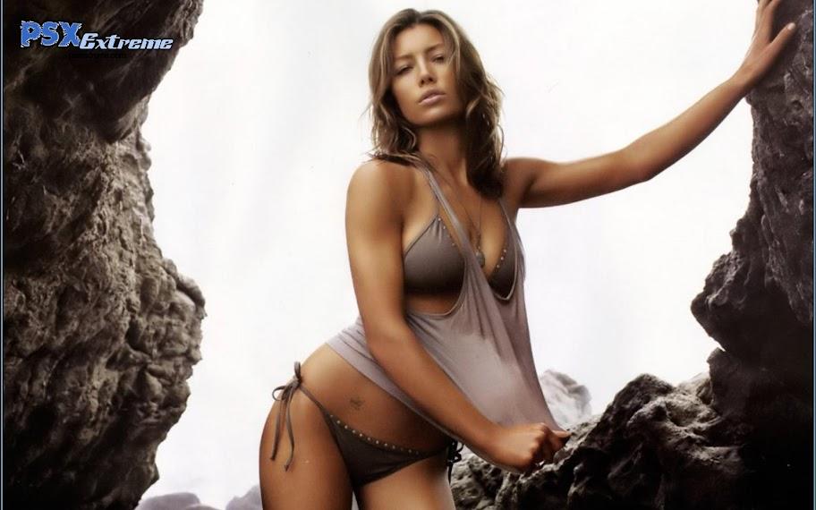 Jessica_Biel_Bikini_Snap