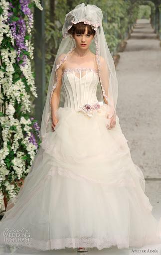 7881 ; Strapless Wedding Gown