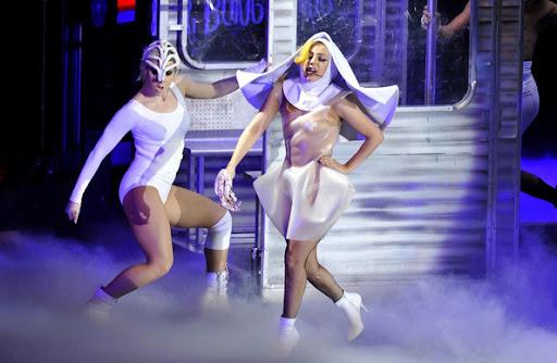 Lady GaGa Picture, Paris Show