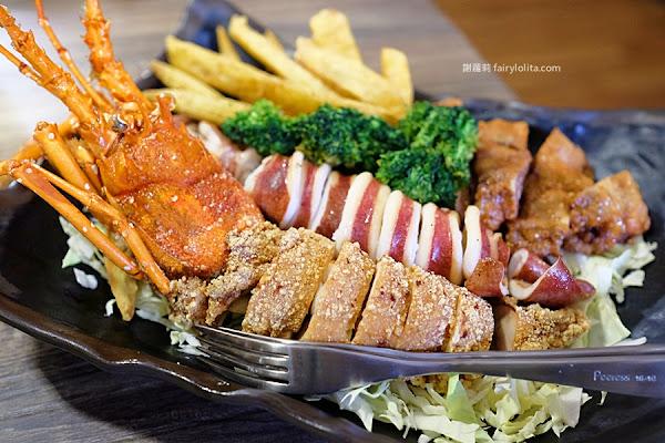 超狂「龍蝦雞排」霸氣上桌,全台第一家火鍋加鹹酥雞店,奢華裝潢耗資上千萬!