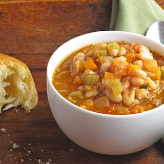 White Bean, Tomato & Pesto Soup