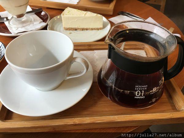 INK coffee 墨咖啡。咖啡+甜點勾引著,快上鉤 @ 滿天飛舞的靈感~Hi 我是哈比