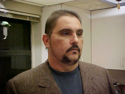 user Lazaro Gonzalez apkdeer profile image