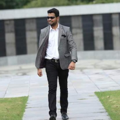 user Ashutosh Munot apkdeer profile image