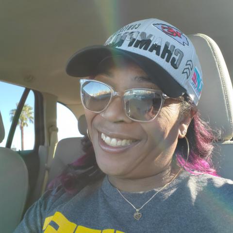 user Debra Hawkins apkdeer profile image