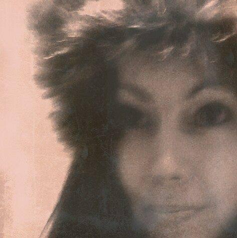 user Lisa Saigon apkdeer profile image