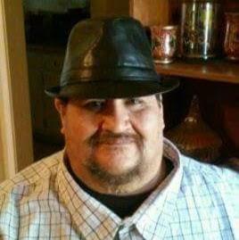 user Richie Nollola apkdeer profile image