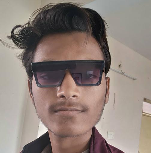 user FREE FIRE LIVE GAMING apkdeer profile image