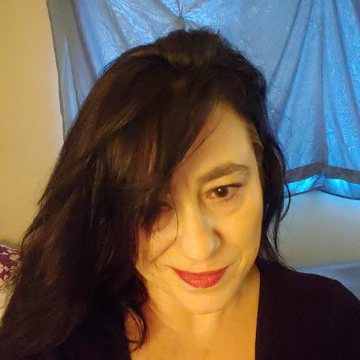 eliza maria's avatar