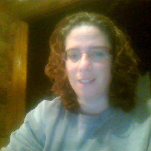 user Roxanne Hickman apkdeer profile image