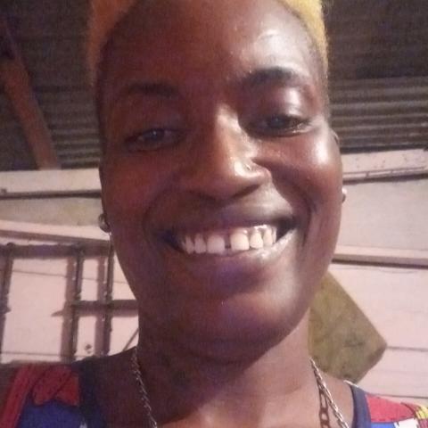 user Latisha Williamson apkdeer profile image