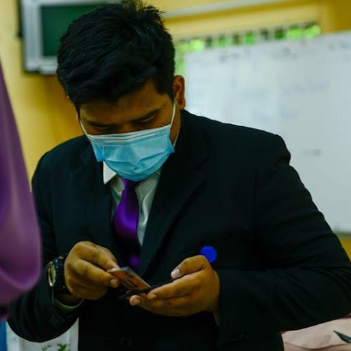 user Hazmie Fikrie apkdeer profile image