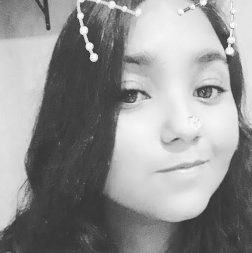 Larissa de Paula's avatar