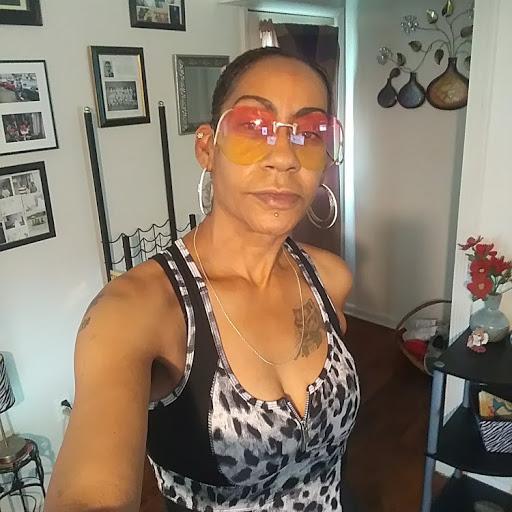 user Hope Queen apkdeer profile image