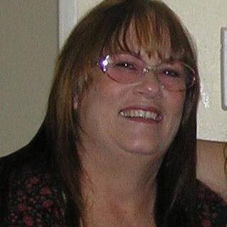 user Connie Mounts apkdeer profile image