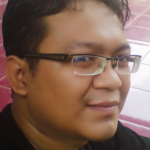 user Leeman Thea' apkdeer profile image