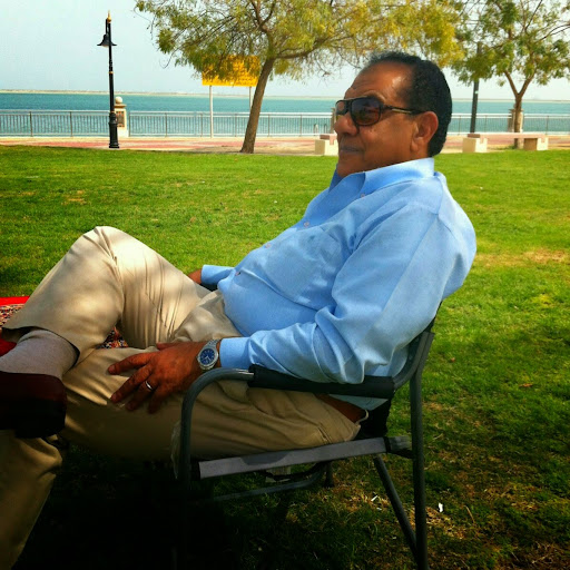 user Kareem Hafiz apkdeer profile image