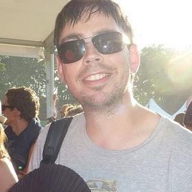 user Risingson Carlos apkdeer profile image