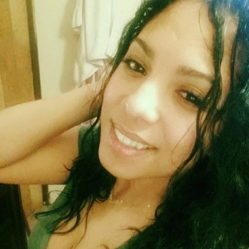 user Evelina Lopez apkdeer profile image