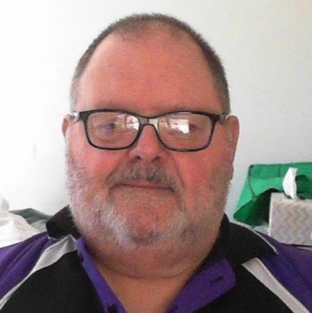 user Philip Arnold apkdeer profile image