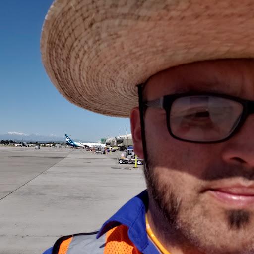user Rolando Maldonado apkdeer profile image