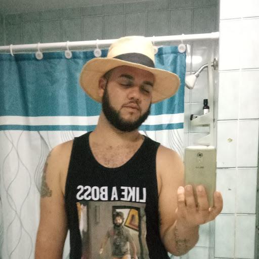 user Ian Powery apkdeer profile image