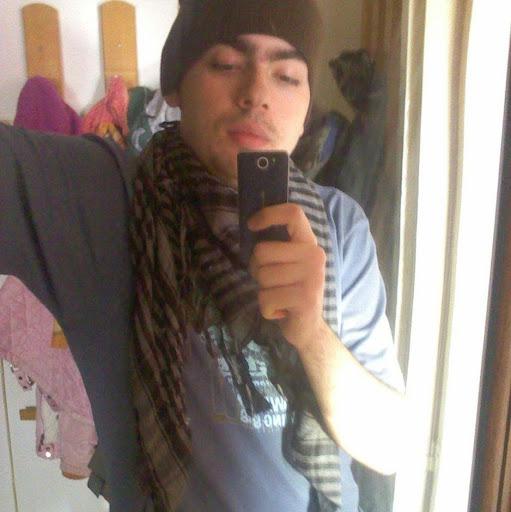 user Djmeqa apkdeer profile image