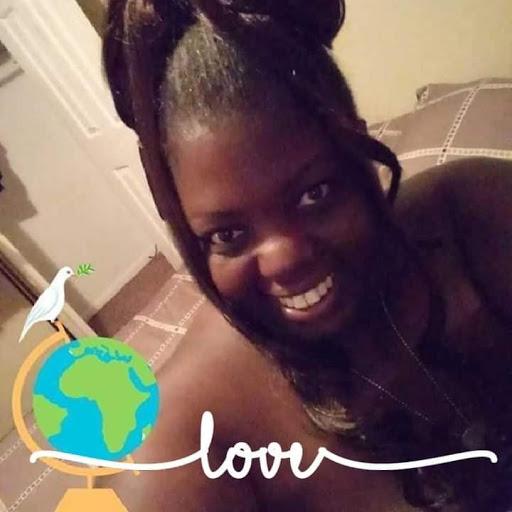 user Queen Michelle Massey apkdeer profile image