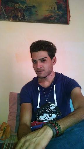 user Sherry Rasheed apkdeer profile image