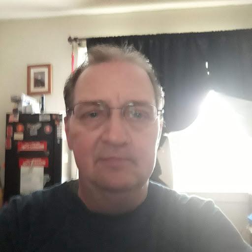 user Bill Kelley apkdeer profile image